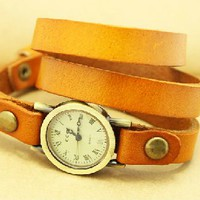 [5605-Orange] Leather Bracelet Design Quartz Watch