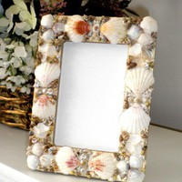 Seashell Picture Frame | ClaireMDesigns - Housewares on ArtFire