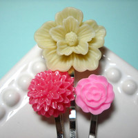 Bobby Pins Flowers Pink Ivory Set of 3 by PinkPjs on Etsy