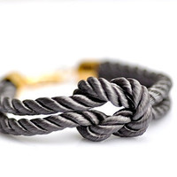 Square Knot Bracelet Gray by DobleEle on Etsy