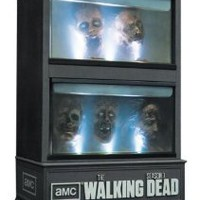 Amazon.com: The Walking Dead Season 3 Limited Edition [Blu-ray]: Andrew Lincoln, Sarah Wayne Callies, David Morrissey, Danai Gurira: Movies & TV