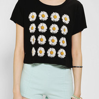 Truly Madly Deeply Daisy Cropped Tee - Black