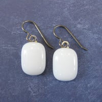 White Niobium Earrings, Dangly Hypoallergenic Earrings, Niobium Jewelry on Etsy - Flurries - 1722 -3