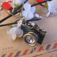 Black camera necklace FM2