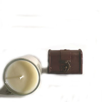Sandalwood Tobacco Soy Candle - Highly fragrant, Unisex, Exotic, Mysterious and Sensual scent