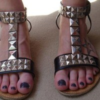 Pyramid Stud Black Leather Sandals Size 6/39 from Enmmapoi