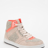 Urban Outfitters - Deena &amp; Ozzy Floral High-Top Sneaker