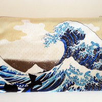The great wave pouch