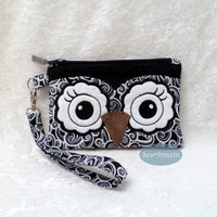 Black and White Owl Face Wristlet Purse with removable strap