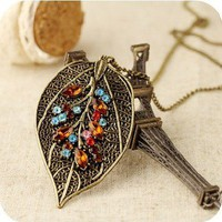 Retro leaves necklace