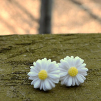 Daisy Earrings by cynicalredhead on Etsy