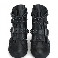 Riveted Pin-and-Buckling Boots - OASAP.com