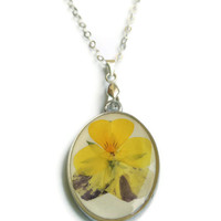 Pressed pansy pendant, dried flowers in resin, Silver necklace, Real flower jewelry, Spring jewelry, Silver chain