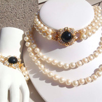 Vintage JOAN RIVERS Pearl double stranded Necklace Bracelet set