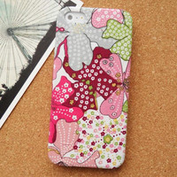Cute Graffti Flowers Fabric Phone Case