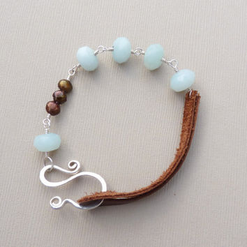aventurine chocolate pearl sterling silver and leather by Leoben
