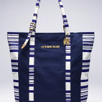 Adjustable Handle Tote