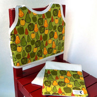 Baby Gift Set Bib and Burp Cloth Pears and Apples by maddywear