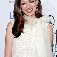 [229.99] Charming Anne Hathaway Medium Length Wavy Hand Tied Full Lace100% Human Hair Wig - Dressilyme.com