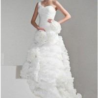 Fashion One Shoulder Organza Wedding Dress With Hand-made Flowers