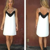 Black &amp; White Chiffon Sleeveless Dress with V-Front &amp; Back
