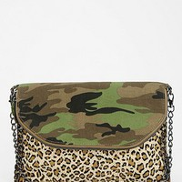 Deena &amp; Ozzy Camo-Leopard Print Crossbody Clutch