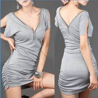 Hey, Showme — Zipper V-neck Short-sleeved Bodycon Dress