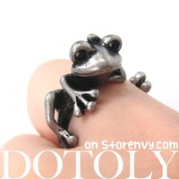 Miniature Frog Animal Wrap Around Hug Ring in Silver - Size 4 to 9