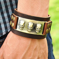 brown real leather bracelet with skull heads rivet, men&#x27;s cuff bracelet, cool bracelet  RZ0256