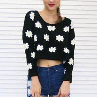 Jumper Sweater Crop in Black Daisy