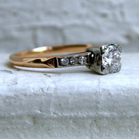 Stunning Vintage 14K Yellow Gold Diamond Engagement Ring - 0.68ct.