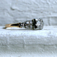 Lovely Vintage 14K Yellow Gold Diamond Engagement Ring - 0.53ct.
