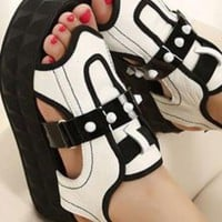 Ladies Fashion Platform Wedge Heel Cut Out Shoes