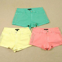 Candy color color fluorescent yellow shorts hot pants