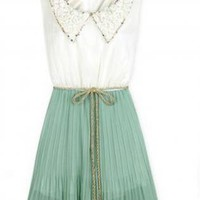 Sweet Green Pleated Collar Dress
