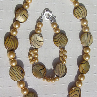 Necklace &amp; Bracelet Set - Mother of Pearl and Shell Pearl - &quot;Golden Fantasia&quot;