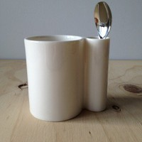 WYSIWYG Mug White Ceramic Spoon Holder Pencil Cup Modern Design