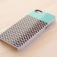 874. Chevron pattern iPhone case - mint top