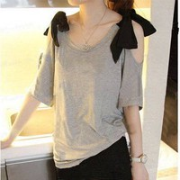 BOW TIE SHOULDERS LOOSE FIT BLOUSE