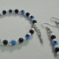 Evil Eye Memory Wire Beaded Bracelet & Matching Dangle Earrings