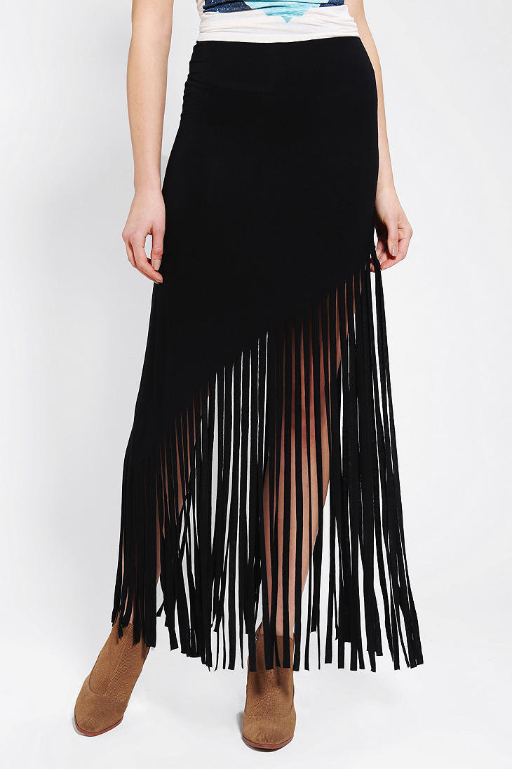 Shop for Fringe Skirts from the world's finest dealers on 1stdibs. Global shipping available.
