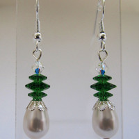 White Pear Pearl with Fern Green Marguerite Earrings