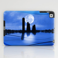City Skyline iPad Case by Viviana González
