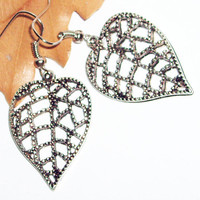 Filigree leaf antique metal silver earrings boho chic casual feminine cyber delicate affordable earrings mothers days gift