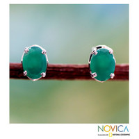 Handcrafted Sterling Silver 'India Green' Onyx Earrings (India) | Overstock.com