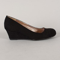 Qupid Morris-02 Suede Ruched Round Toe Wedge