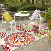 Indoor/ Outdoor Lace Medallion Multi Rug (5'3 x 7'10) | Overstock.com