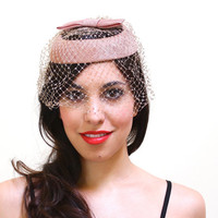 Vintage Pink Halo Netted Hat - 1950s Veil Netting Fashion Accessory / Round Bow Fascinator