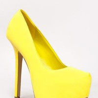 Canary Yellow Pump