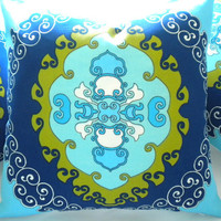 Trina Turk Pillow small cover Super Paradise Print Pool